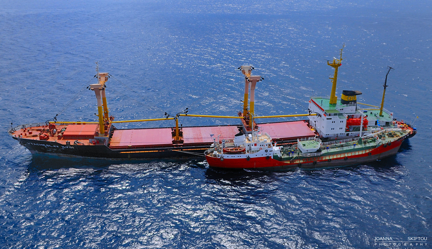 Aerial bunkering photography by Joanna Skiftou